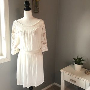 Xhilaration Off White Dress w/embroidered sleeves